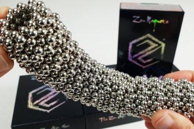 The Triumph Set of Magnetic Balls