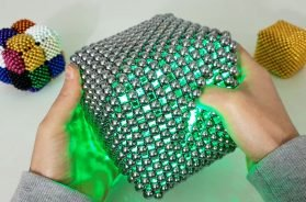 Magnet Pillow Cubes