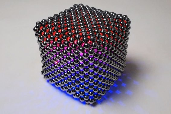 Slow Mo Magnets