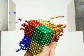 Double Monster Magnet VS Magnetic Balls in Slow Motion