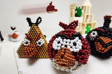 Angry_Birds_made_of_Magnetic_Balls_in_Stop_Motion