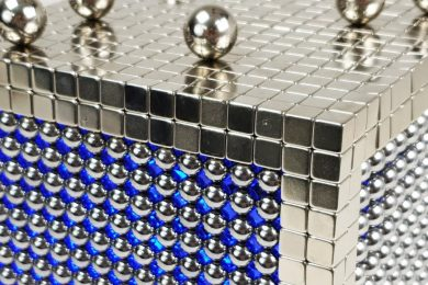 TOP_10_Magnet_CUBE