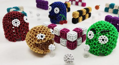 Pacman made of magnetic balls in stop motion