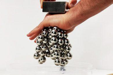 Top 5 Satisfying magnet tricks