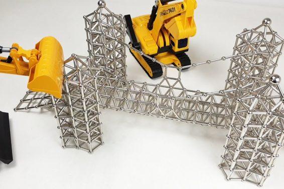 Magnetic_sculptures_demolition_ASMR