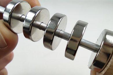 Magnetic_Spring_Fidget_Toy
