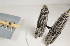 Railgun_VS_Petronas_Twin_Towers_out_of_Magnetic_Balls