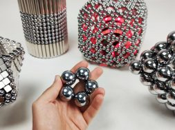 Destroying_5,000_euros_worth_of_magnetic_sculptures